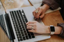 Buffer or Hootsuite for Social Media Management